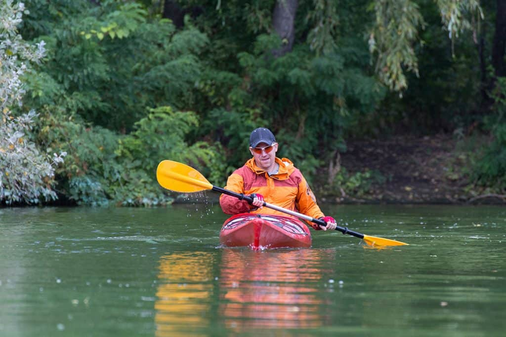 What Size Kayak Paddle Do I Need - Low Angle Paddling